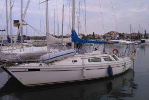 Zadar: Private Sailing Boat Trip and Basic Sailing Course