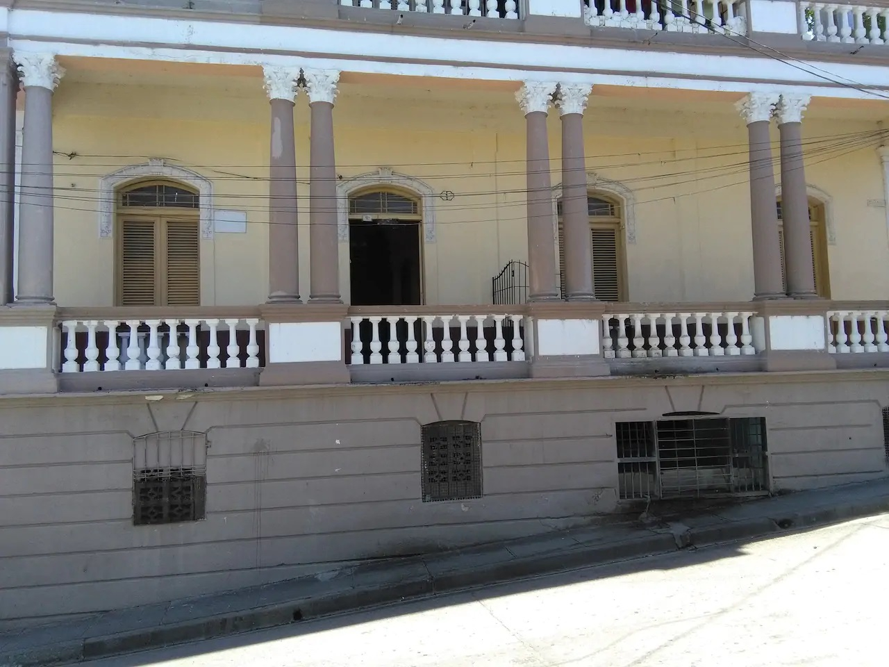 Holiday Rentals around Cuba