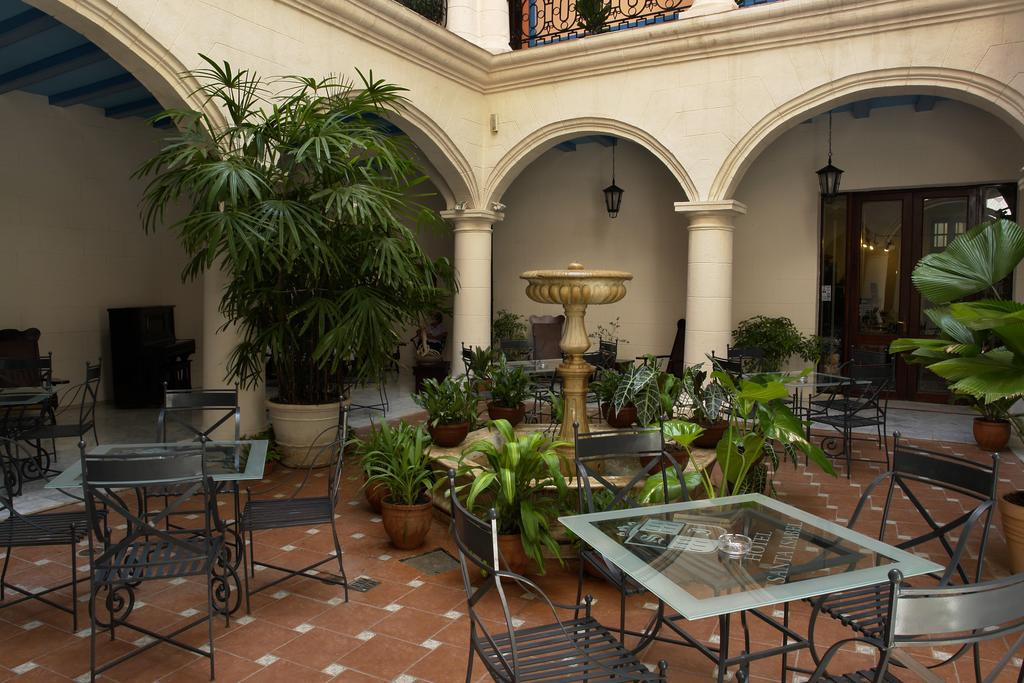 Santa Isabel Hotel