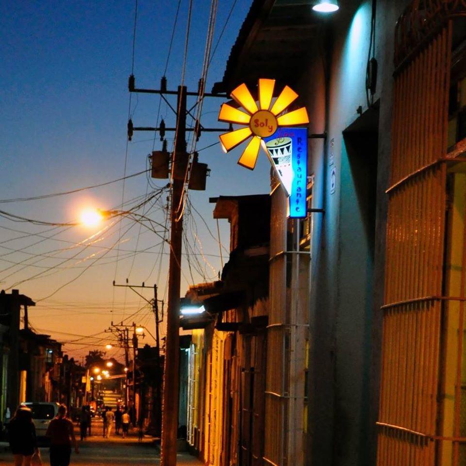 Sol y Son Restaurant