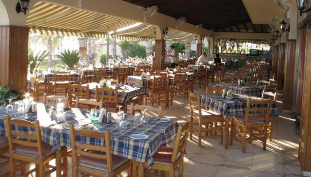 Doria Beach Restaurant