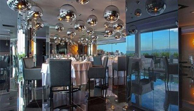 Glasshouse Lounge Restaurant at Adams Beach Hotel
