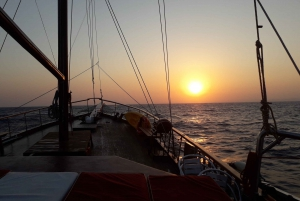 Larnaca: Champagne Sunset Cruise