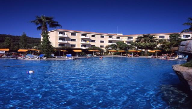 Narcissos Hotel Apartment