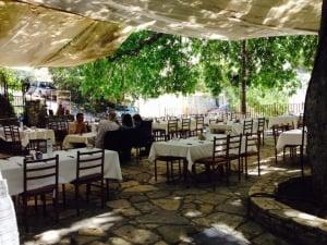 Platanos Family Restaurant