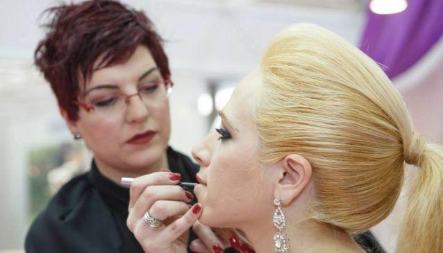Stella Italou Make up