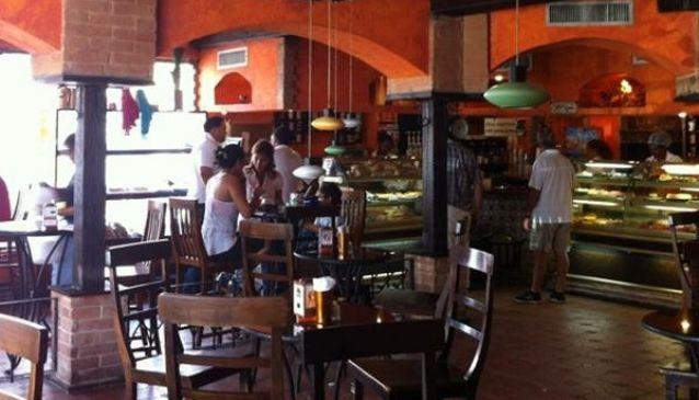 Las Leñas Cafetería y Panadería