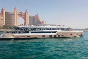 2-Hour Mega Yacht Tour with Buffet Dinner