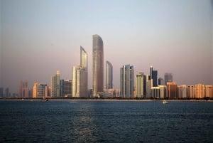 Abu Dhabi City Tour with 1-Hour Yacht Ride