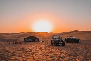 Dubai: Desert Safari on a 1980 Vintage Mercedes