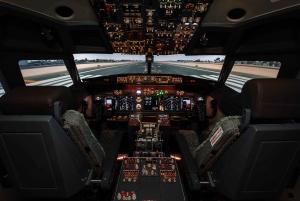 Dubai: Flight Experience Centre Flight Simulator Session