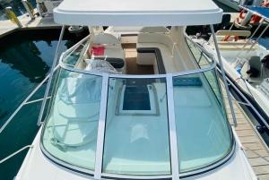 Dubai Marina: 2-Hour Mini Yacht Ride