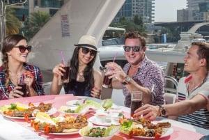 Dubai Marina: Luxury Yacht Tour with Breakfast or BBQ