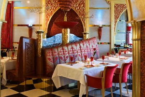 Dubai Old Town Tour with Lunch at the Burj Al Arab