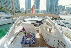 Dubai: Private Luxury Yacht Cruise