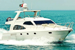 Dubai Yacht Cruise 55 feet (2 hours)