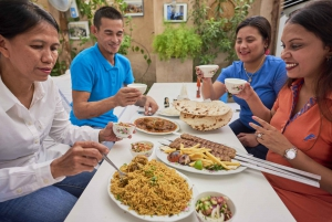 Emirati Cuisine Guided Food Tour with Dinner