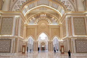 From Private Abu Dhabi Day Tour with Qasr al Watan