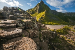 Belfast and Giant's Causeway: 2-Day Guided Tour