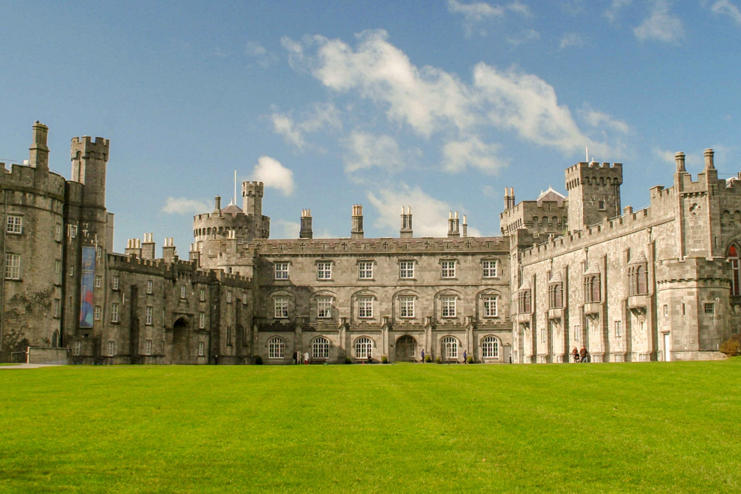Kilkenny and Wicklow Mountain Full-Day Tour from Dublin