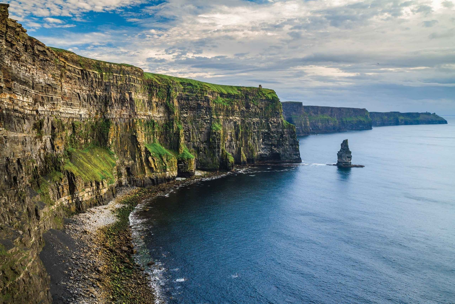 Tour to the Cliffs of Moher & Doolin from Dublin