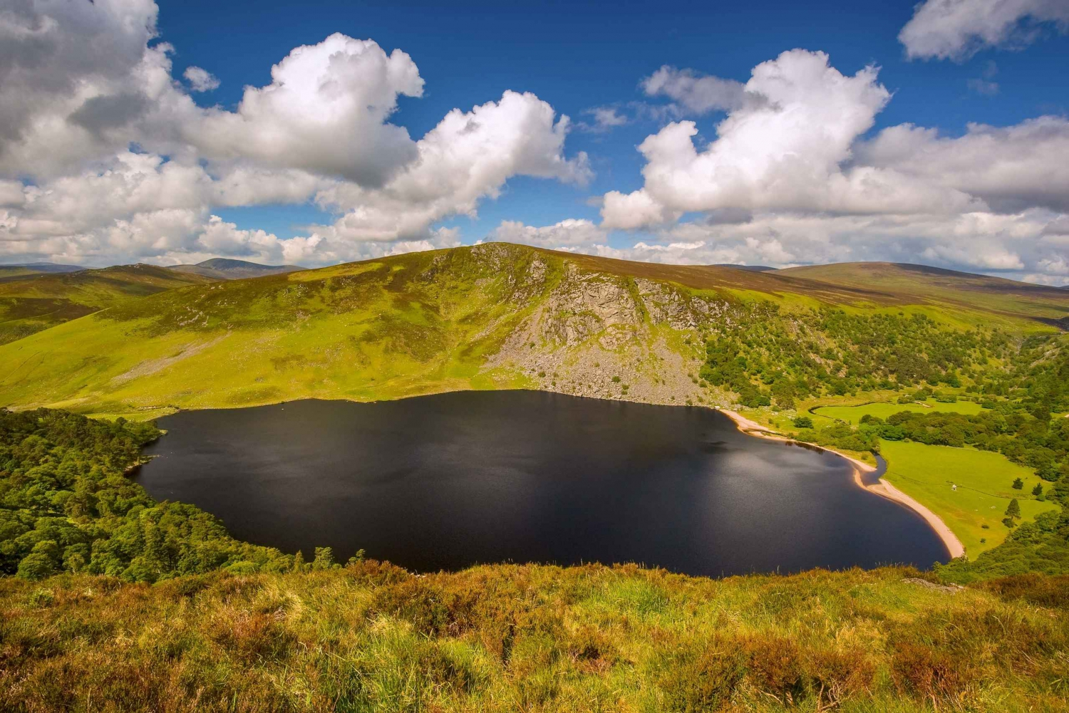 Tour to Wicklow Mountains and Glendalough from Dublin