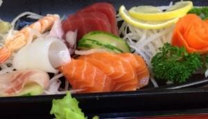 Zakura Noodle & Sushi Restaurant