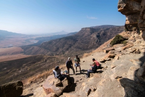 Durban: Drakensberg Rock Art & Mandela Capture Site Tour
