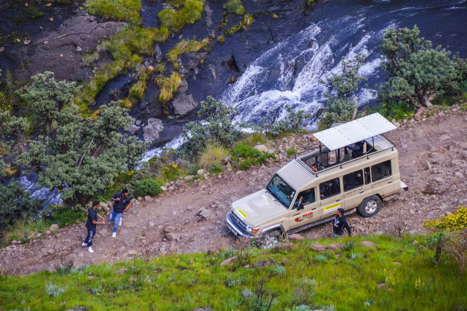 Underberg: Full day 4X4 trip to the Sani Pass & Lesotho