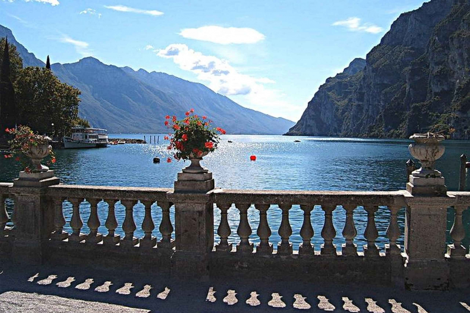 4-Day Northern Italy Lakes Tour from Milan