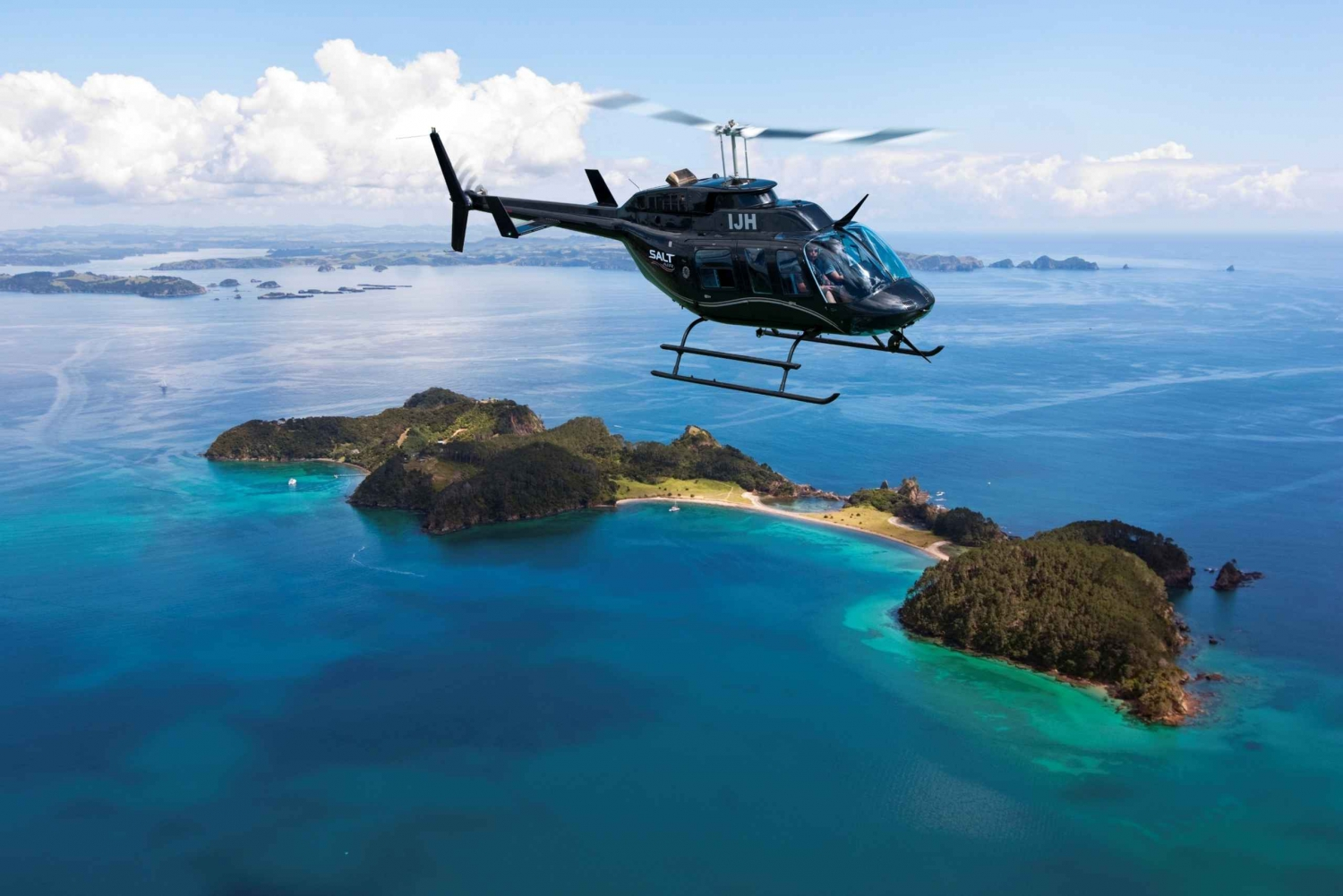 Bay of Islands: Scenic 30-Minute Coastal Discovery Heli Tour