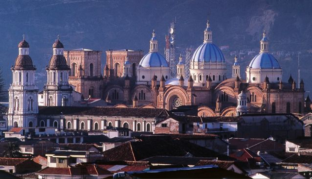 Ecuador Walking Tours - A Stroll Around Cuenca