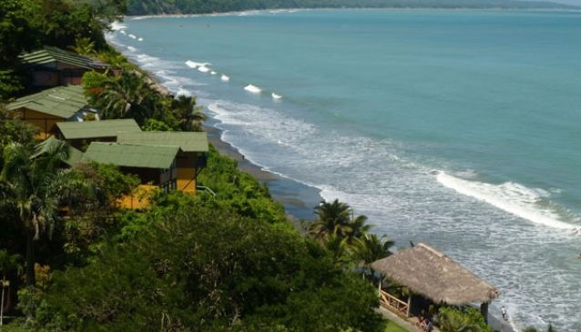 El Acantilado Beach Hotel