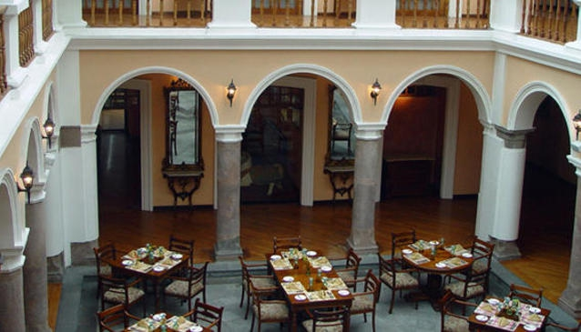 Superb Hotel Patio Andaluz