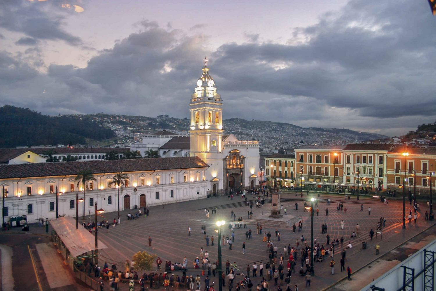 Quito: City Tour, Teleferico & Pichincha Volcano Hike
