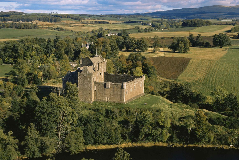 2-Day Loch Ness, Glencoe & Highlands Tour