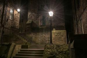 Edinburgh: 2-Hour Ghost Tour in Spanish