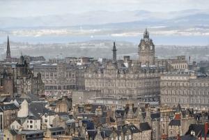 Edinburgh: 3-Hour Historical Walking Tour in Italian
