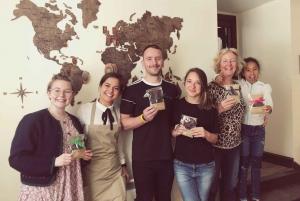 Edinburgh: Chocolatarium Tour, Tasting & Chocolate Making