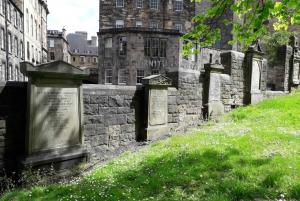 Edinburgh: Greyfriars Kirkyard Tour