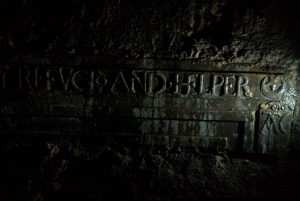 Edinburgh: Haunted Graveyard Tour
