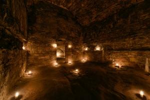 Edinburgh: Late Night Haunted Underground Vaults Tour