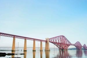 Edinburgh: Queensferry Bus Tour & Firth of Forth Cruise
