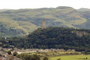 Edinburgh: Stirling, Whisky and St Andrews Tour in Spanish