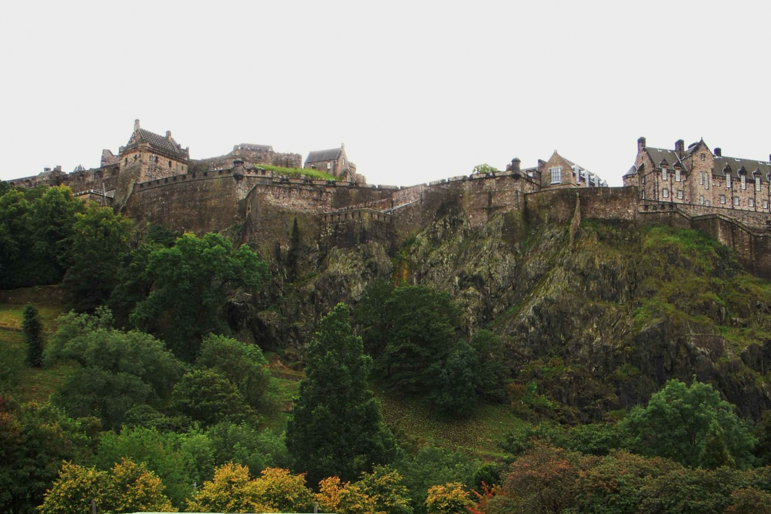 Edinburgh Uncovered Private 3-Hour Group Tour