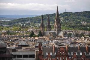 Edinburgh Welcome Tour: Private Tour with a Local