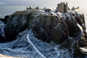 From Glamis and Dunnottar Castles Tour in Italian