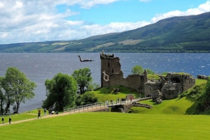 Loch Ness, Inverness & Highlands Tour in Spanish