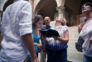 3-Hour Historic WhoDunIt Tour in Florence