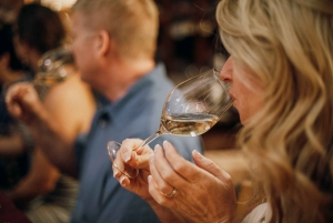 Dine around Florence: An Evening Food and Wine Experience